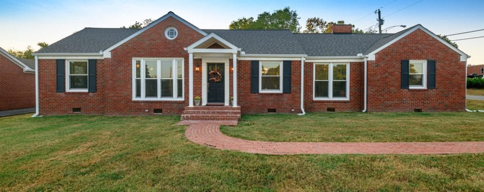 , Lebanon TN Real Estate | 300 Castle Heights Ave, Don Wright Designs & Photography