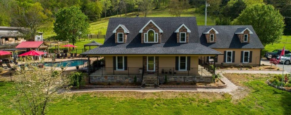 , 12 Bates Lane Brush Creek Real Estate | Wes Stone, Don Wright Designs & Photography